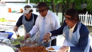 SAC Board President Richard Letart, Mayor Dean Mazzarella and Representative Dennis Rosa helping to serve lunch to Summer-Up guests!